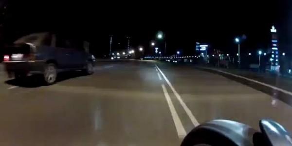 кадр ночная езда